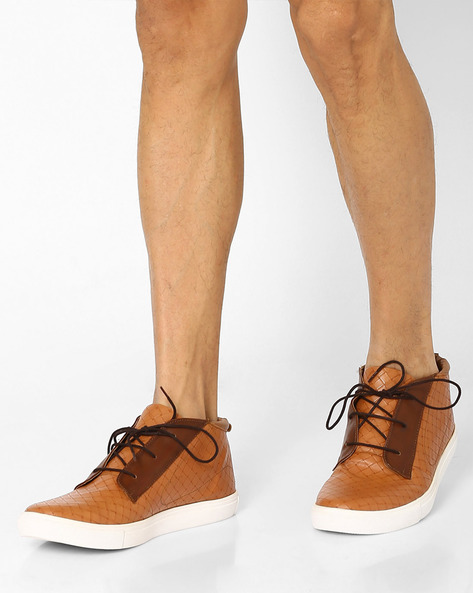 Chukka Boots With Lace-Ups By Knotty Derby ( Tan )