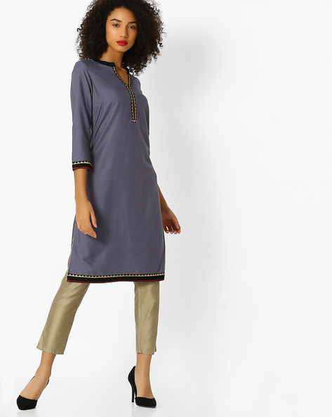 Straight Kurta With Emroidered Hems By Aaboli ( Grey )
