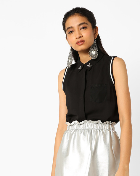 Sleeveless Shirt With Embellishments By AJIO ( Black )