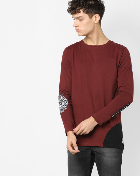 Crew-Neck T-shirt With Appliques By KULTPRIT ( Maroon )