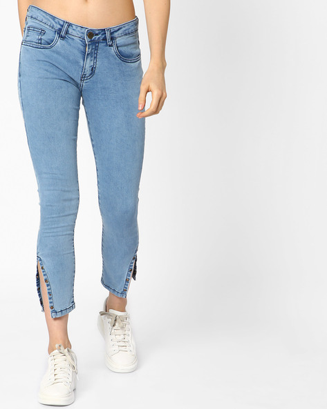 Cropped Jeans With Metal Hardware By AJIO ( Lightblue )