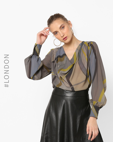 Printed Top With Bishop Sleeves By Closet London ( Khaki )