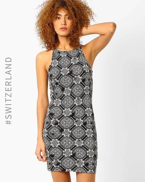Bodycon Dress With Cutaway Shoulders By TALLY WEiJL ( Multi )
