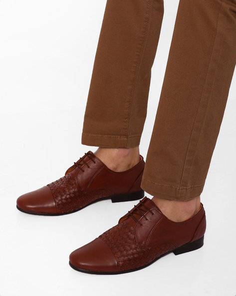 Basket-Weave Lace-Up Shoes By Modello Domani ( Brown )