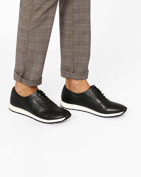 Oxford Shoes With Brogue Detail By Knotty Derby ( Black )
