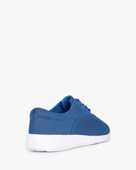 Textured Low-Top Sneakers With Lace-Up By AJIO ( Blue )