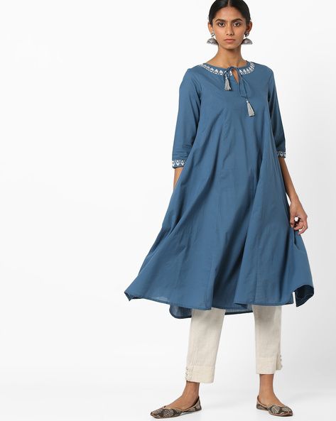 Embroidered Flared Kurta With Tie-Up By AJIO ( Grey )