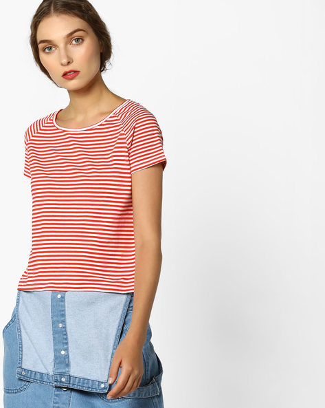 Striped T-shirt With Raglan Sleeves By AJIO ( Red )