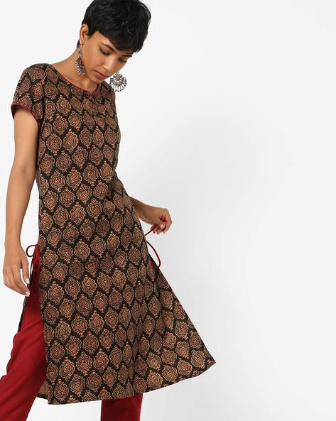 Block Print Kurta With Contrast Tipping By AJIO ( Black )