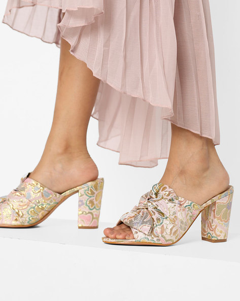 Floral Print Chunky Heels With Bow By AJIO ( Beige )