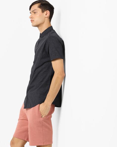 Geometric Print Shirt With Curved Hemline By AJIO ( Charcoal )