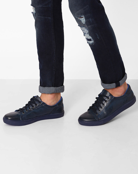 Lace-Up Shoes With Toe Cap By AJIO ( Blue )