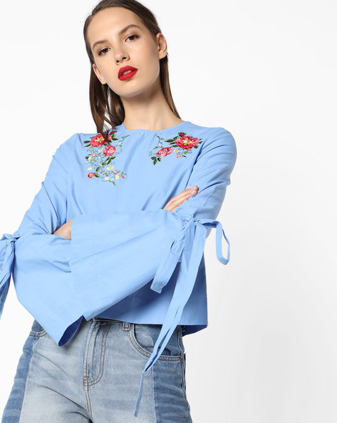 Floral Embroidered Top With Bell Sleeves By AJIO ( Blue )