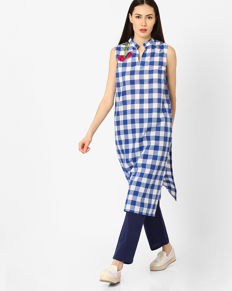 Checked Sleeveless Kurta By AJIO ( Blue )