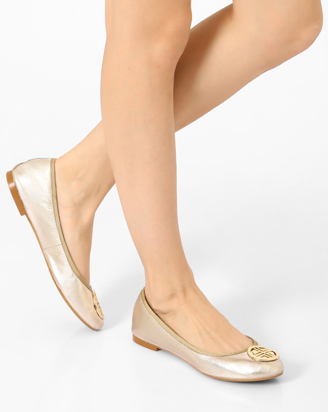Leather Ballerinas With Metal Accent By Carlton London ( Gold )