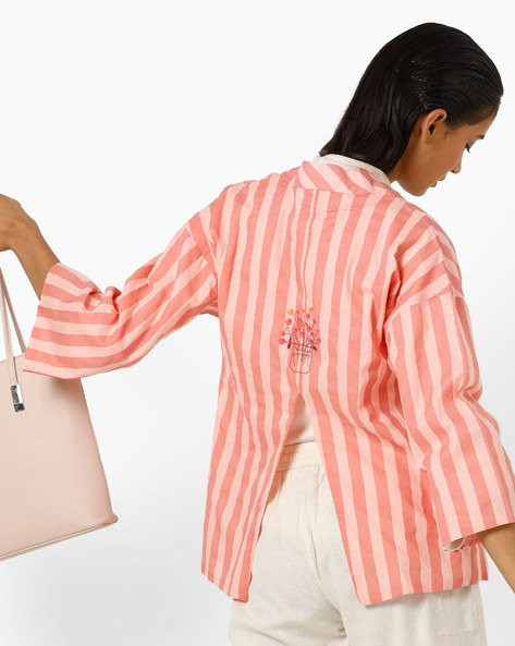 Striped Open-Front Shrug With Back Slit By AJIO ( Pink )