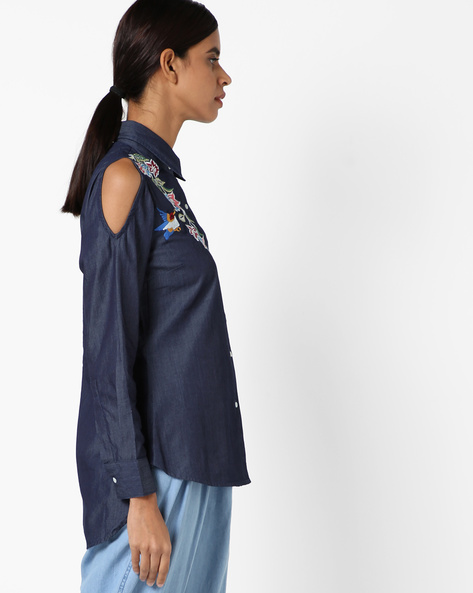 Embroidered High-Low Shirt With Cold-Shoulders By RI-DRESS ( Blue )