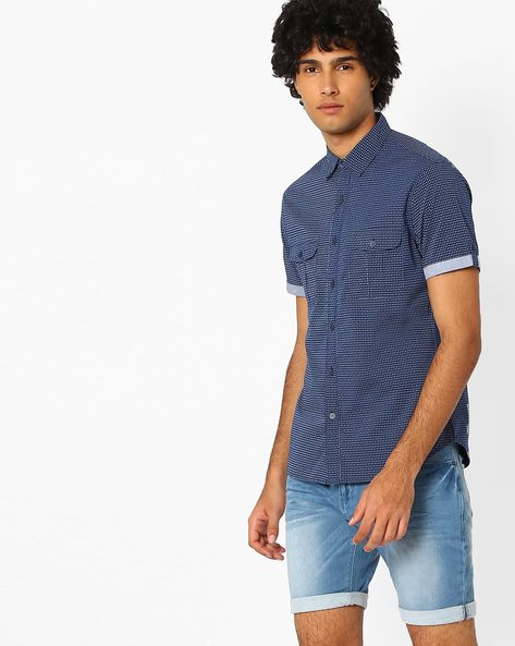 Printed Slim Fit Shirt By AJIO ( Navy ) - 460042193001