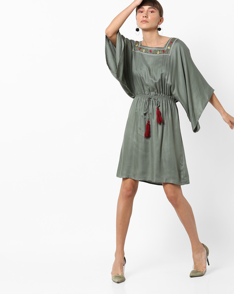Knee-Length Dress With Tasselled Tie-Up By AJIO ( Green )