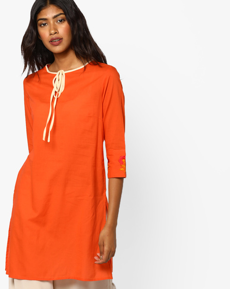 Straight Tunic With Embroidered Sleeve Hems By AJIO ( Tomato )