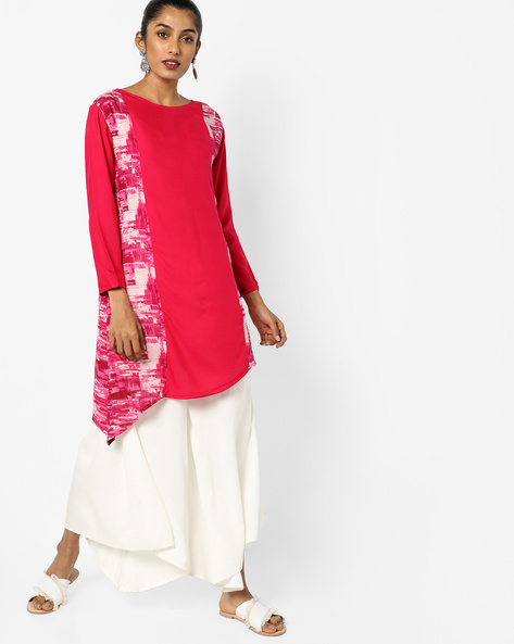 Panelled Print Kurta With Asymmetrical Hem By JASHN ( Magntafusha )