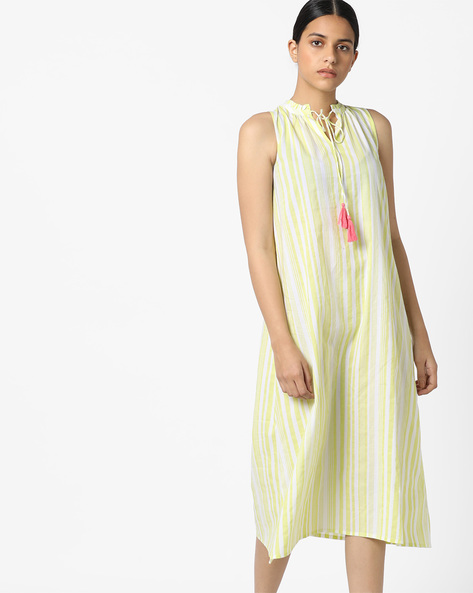 Sleeveless A-Line Dress With Tie-Up By AJIO ( Green )