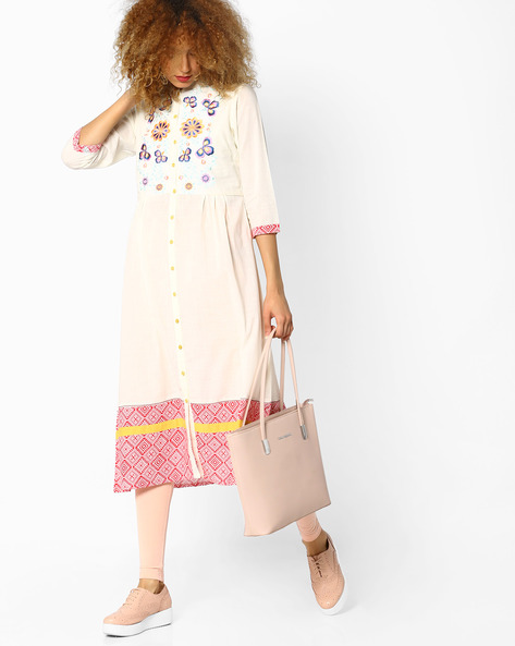 Embroidered A-line Kurta With Mandarin Collar By AJIO ( Offwhite )