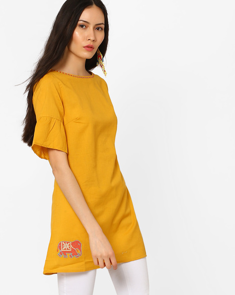 Bell-Sleeved Tunic With Placement Embroidery By AJIO ( Mustard )
