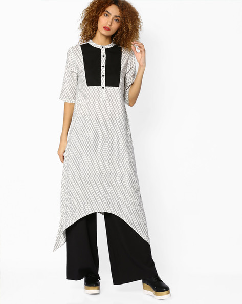 Printed Kurta With Asymmetrical Hemline By Sassafras ( Black )