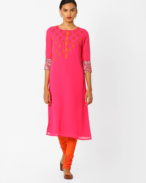 Straight Kurta With Contrast Embroidery By AJIO ( Fuchsia )