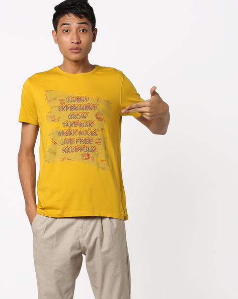 Graphic Print Crew-Neck T-shirt By Lee ( Yellow )