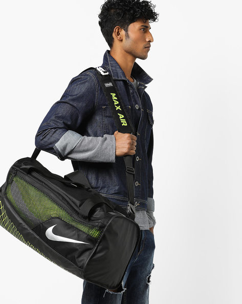 Textured Duffle Bag With Brand Print By NIKE ( Black )