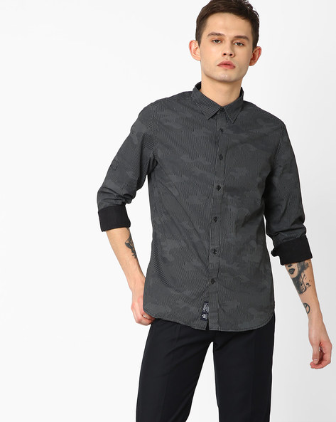 Printed Smart Fit Shirt By Blue Saint ( Black )
