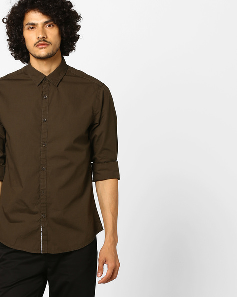 Slim Fit Shirt With Spread Collar By AJIO ( Olive )