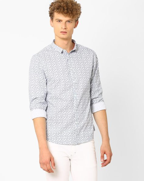 Printed Slim Fit Shirt By AJIO ( White ) - 460021187004