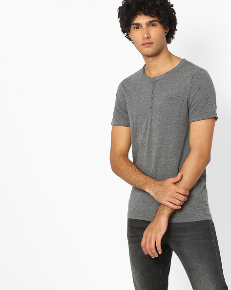 Structured Fabric Henley T-shirt With Welt Pocket By AJIO ( Charcoal )