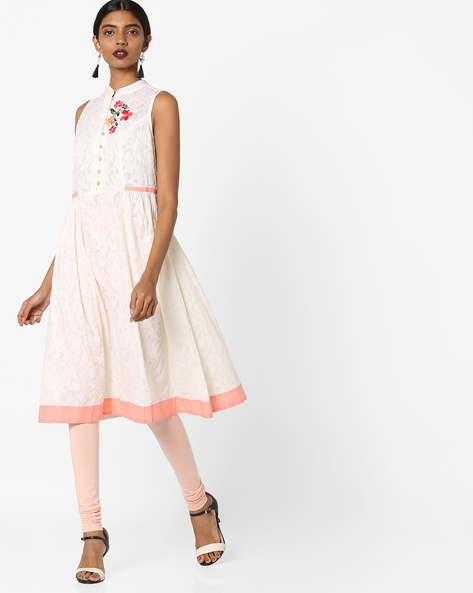 Sleeveless Kurta With Floral Embroidery By AJIO ( Offwhite )