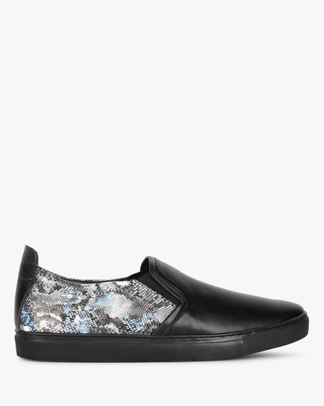 Printed Slip-On Casual Shoes By AJIO ( Black )