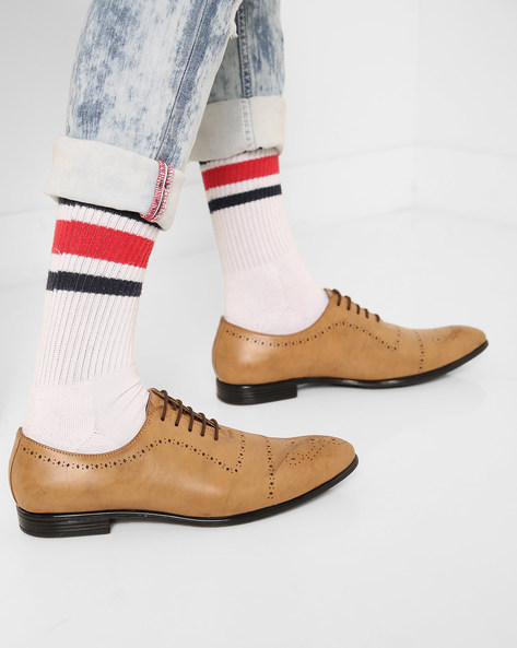 Lace-Up Oxford Shoes With Cut-Outs By Modello Domani ( Tan )