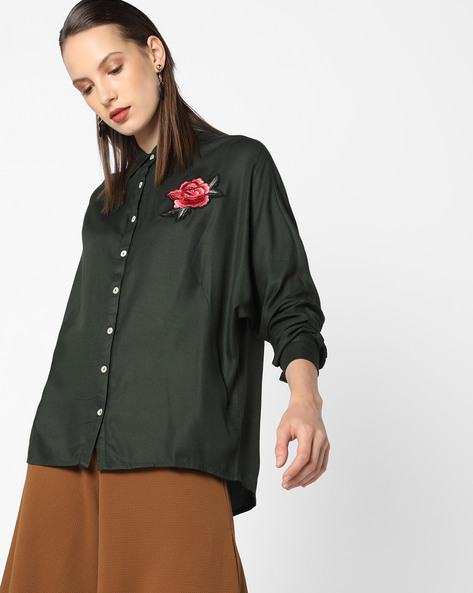 High-Low Shirt With Floral Applique By AJIO ( Olive )