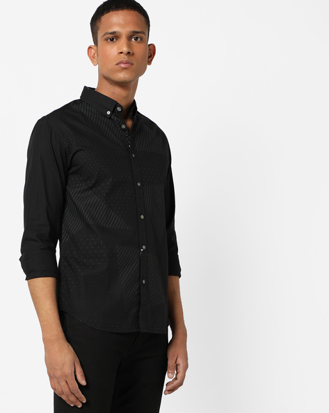 Printed Slim Shirt With Button-Down Collar By FLYING MACHINE ( Black )