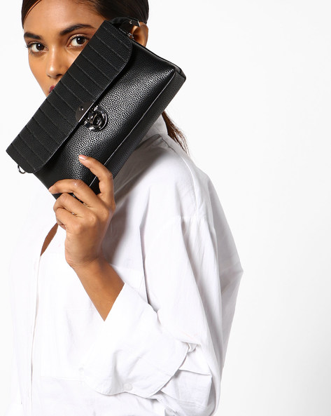 Clutch With Detachable Strap By Lino Perros ( Black )