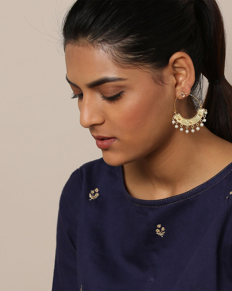 Gold-Plated Pearl Drop Kundan Earrings By Rubans ( Gold )