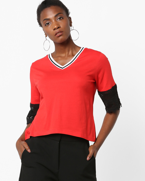 V-neck Top With Lace Panels By AJIO ( Red )