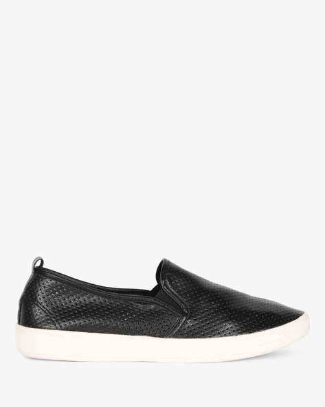 Slip-ons With Elasticated Gussets By AJIO ( Black )