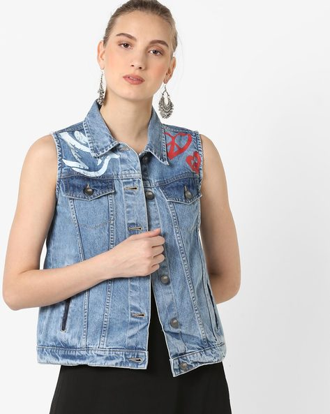 Sleeveless Denim Jacket By AJIO ( Lightblue )