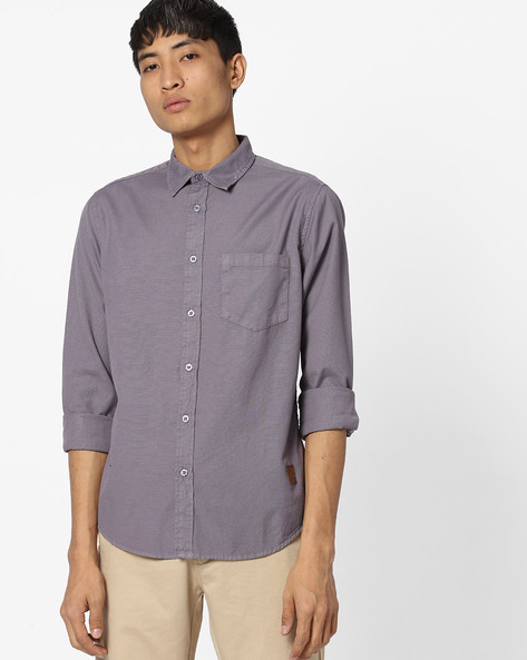 Textured Slim Fit Shirt With Patch Pocket By Blue Saint ( Purplesilver )