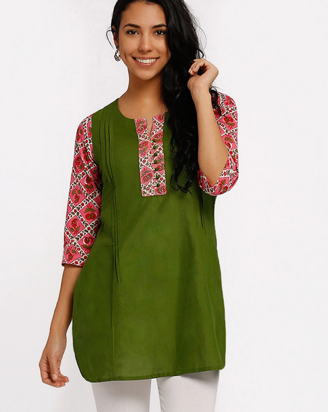 Cotton Kurti With Contrast Printed Sleeves By AVAASA MIX N' MATCH ( Green )