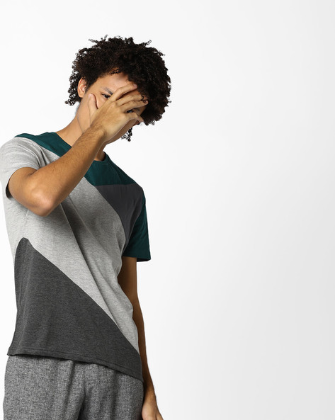 Cut & Sew Colourblock T-shirt By AJIO ( Green )
