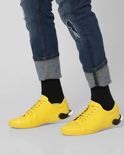 Lace-Up Sneakers With Detachable LED Bands By AJIO ( Yellow )